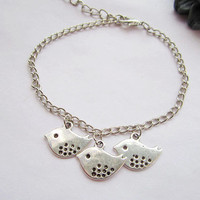 Bracelet---antique silver lovely birds pendant&amp;Sister friendship bracelet