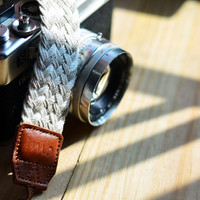 Twist Braid camera strap