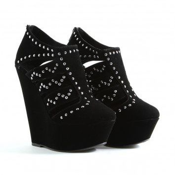 Missguided - Ellena Studded Platform Wedges