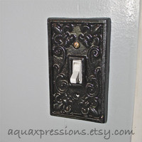 Black Decorative Light Switch Plate/ Single Switch Cover/ Fleur de lis/ Bright Cast Iron/ Painted Metal/ Shabby Chic