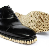tooth-soled shoes by fantich and young | designboom