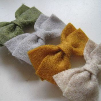 You Pick 3 Colors Mini Felt Bow Hair Clips Set by mrsbowthemommy