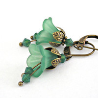 Green bell lucite flowers brass earrings by TyssHandmadeJewelry