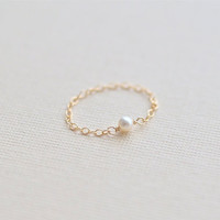 PEARLY: Tiny Pearl Chain Ring (Gold filled)