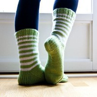 Hand knit socks apple green and white by Varm on Etsy