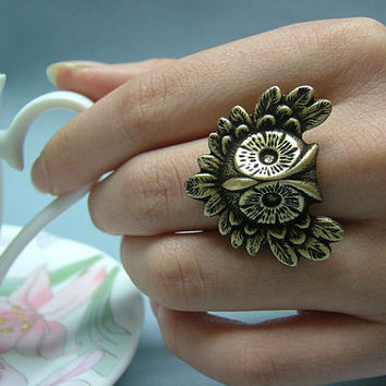 The Owl of Ring by yakarina on Etsy