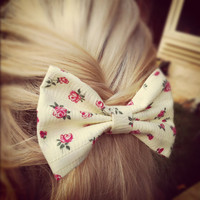 floral hair bow - Banana yellow