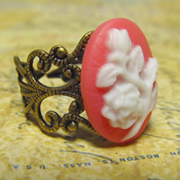 Floral Cameo Ring Coral & White Flower Cabochon on by EbonFlow