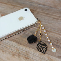 Handmade Cell Phone Charm Japanese Kawaii Jewelry / Flower &amp; Lesf Cham / Gold Accessories