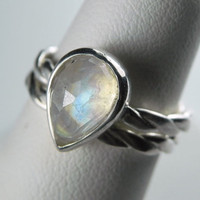 Moonstone Wedding Band Engagement Ring Set - Rainbow Moonstone Ring -Gemstone Stack Rings - Alternative Wedding Ring -Unique Engagement Ring