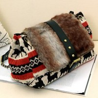 Nifty Chains Fuzzy Ladies Tracery Messenger Bags : Wholesaleclothing4u.com