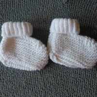 Knitted White Infant Booties
