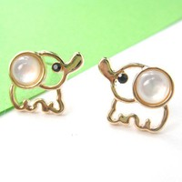 Small Cute Simple Elephant Animal Stud Earrings in Gold