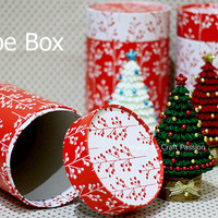 Tutorial: Tube Box | Free Pattern & Tutorial at CraftPassion.com