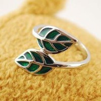 Hot Sale Green Leaf Ladies Rings : Wholesaleclothing4u.com