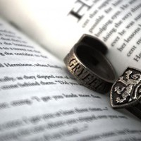 Gryffindor Ring Size 6 by Fanatic Alley on Shapeways