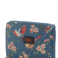Pretty Fly Ipad Case | Mod Retro Vintage Electronics | ModCloth.com