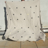 "caroline z hurley — ""Hannah"" Linen throw"