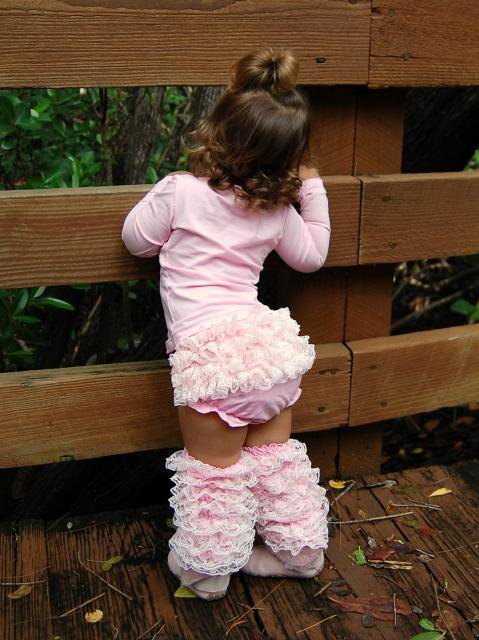 Mia Bella Baby - Ruffled Lace Bloomers &amp; Leg Warmers Set