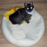"Large Pets cave for big cat,""Camomile on the snow"",white with yellow cave,pets cat bed, hand crafted, eco friendly"