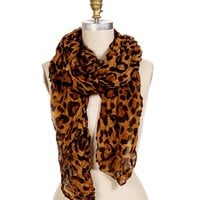 Leopard Print Winkled Scarf
