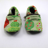 Christmas Baby Booties for Your Little One,  0-3 Months, in Grinch Ornaments