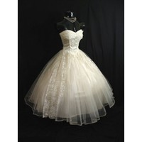 Dream Style White Short Strapless Sweetheart Lace Wedding Dress - Star Bridal Apparel