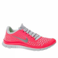 Amazon.com: Nike Lady Free 3.0 V4 Running Shoes - 9: Shoes