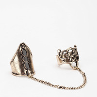Twisted Knight Double-Finger Ring