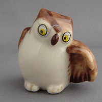 "WADE POCKET PALS ""SPECS THE OWL"" LIMITED EDITION RED ROSE TEA"