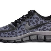 Chick&Stylish - Nike Free Run 5.0 V4 Womens Running Shoes 511281-013