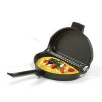 Norpro Nonstick Omelet Pan: Kitchen & Dining