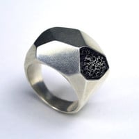 Silver Geometric Ring by CarrieBilbo on Etsy