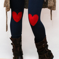Red heart patched leggings in navy