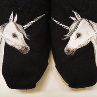 Unicorn TOMS