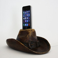 Cowboy Hat Vintage-Looking Apple iPhone Charging Dock