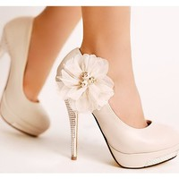 Wedding Stiletto Heel Women's Pumps With Rhinestone and Flow