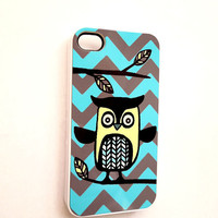 Chevron Owl iPhone 4 iPhone 4S Case Cool iPhone Accessory Cases Ships from USA Yellow Gray Blue