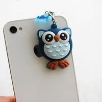 Lovely Owl -  iphone/iPad/Blackberry Earphone Plug/Dust Plug - Cellphone Handmade Decorations