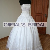 VICT971703B(f) Boned floor length wedding gown - Coral's Bridal