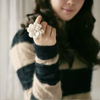 Fashion Exquisite Flower Elastic Adjustable Ring at online cheap fashion jewelry store Gofavor