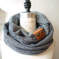 Chunky Navy and cream ultra soft  circular infinity scarf
