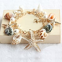 Beach Holiday Bracelet on Luulla