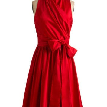 Awards Show Stunner Dress in Red | Mod Retro Vintage Dresses | ModCloth.com