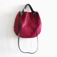 Leather  basket bag - Fuchsia pink snake pattern