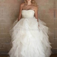 Ballgown Sweetheart Floor-length Tulle White Wedding Dress With Ruffles at Msdressy