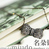 Fashion Rhinestone Bow Pendant Chain Necklace at Online Cheap Fashion Jewelry Store Gofavor