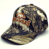 NCAA Arkansas Razorbacks Men's Hunter Adjustable Cap (Mossy Oak Camo, One Size)