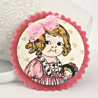 Evelyn Pink fabric and felt OOAK button by TyssHandmadeJewelry