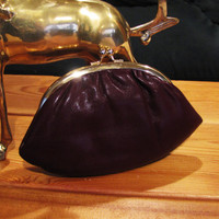 vintage leather burgandy change purse. burgandy coin purse. burgandy wallet. by Lisa Loren. nappa cowhide